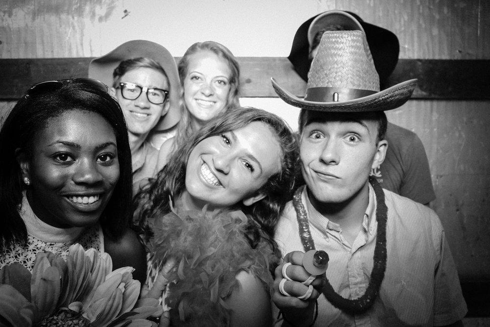 Grad Party 6-3-795.jpg