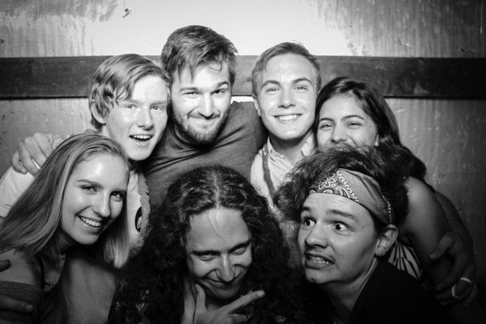 Grad Party 6-3-833.jpg