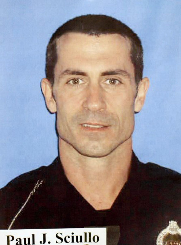 Pittsburgh Police Officer Paul John Rizzo Domenic Sciullo II, 36, was shot and killed in the line of duty while  responding to a domestic disturbance call  on April 4, 2009. He was engaged to be married with Lisa Esposito.