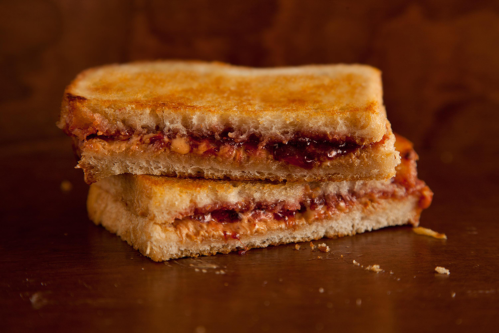 3 30000_grilled_peanut_butter_jelly.jpg