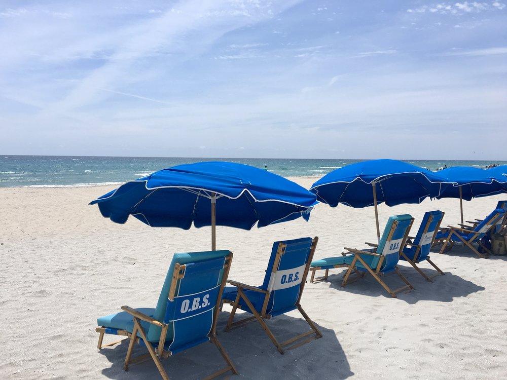 The most convenient umbrella & chair rentals | Delray Beach