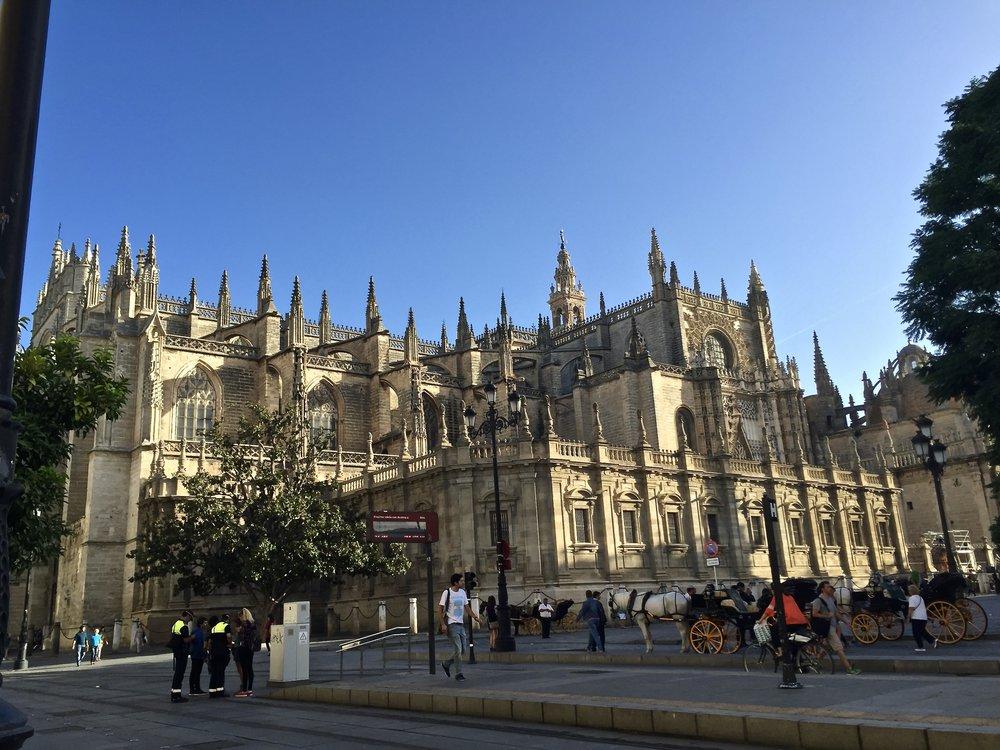 pictures don't even do it justice |Catedral de Sevilla