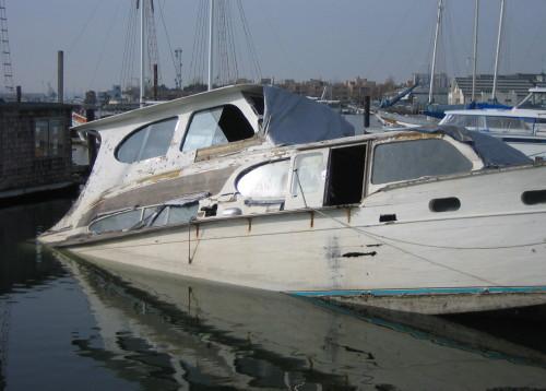sunken-boat_1.jpg