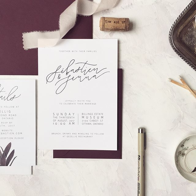 minimal, modern black & white invitation design from one of my besties' wedding . . It can be a bit challenging to create a strong minimal design without any of my usual watercolors or botanical illustrations to rely on, but without those elements it challenges me to focus on the basics of typography and composition . . anyone else love a classic B&W design? . . #caliyadesign #weddingpaper #staionerydesign #moderncalligraphy #handlettering #handmade