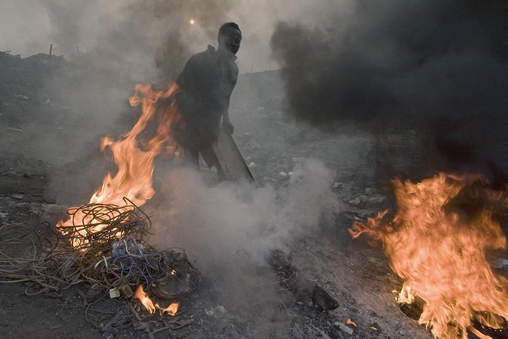 Burning Wire, Ghana