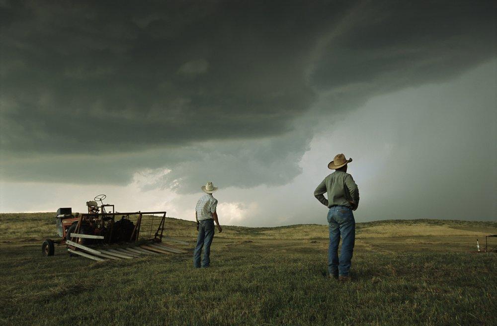 Approaching Storm (P16.5x10.5).jpg
