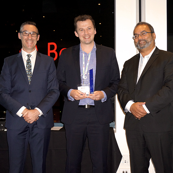 IPWEA Vic CEO David Hallett and President Ossie Martinz present Stu with the Young Engineer of the Year Award.