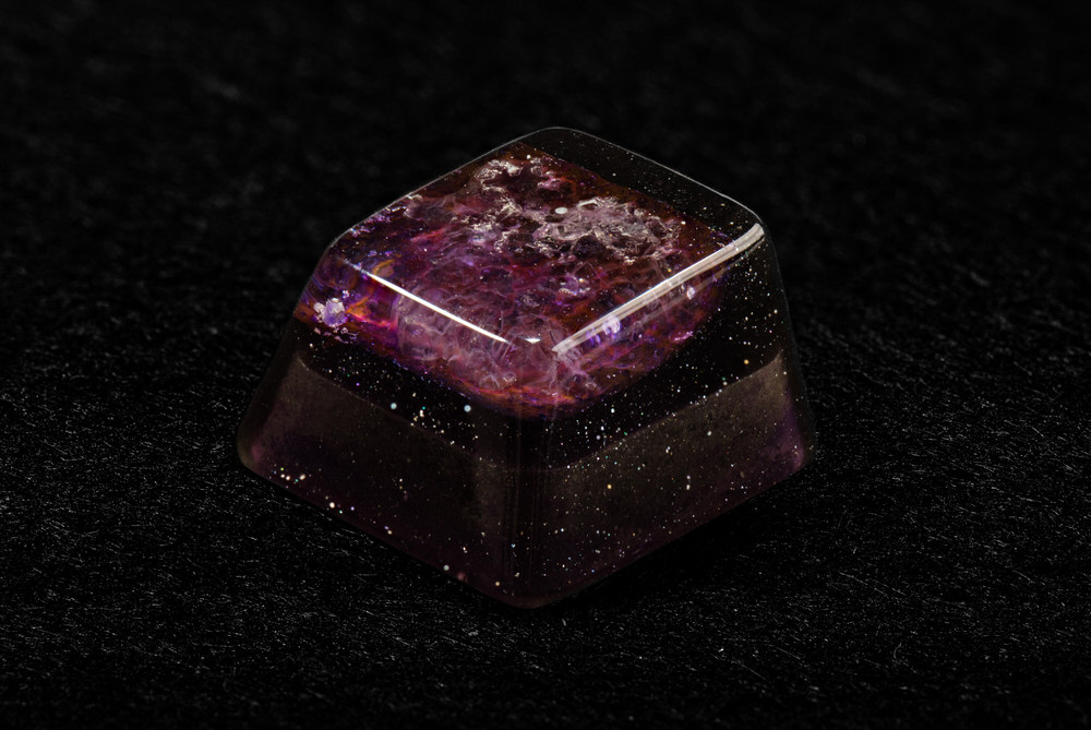 Keycap Gemstone red.jpg