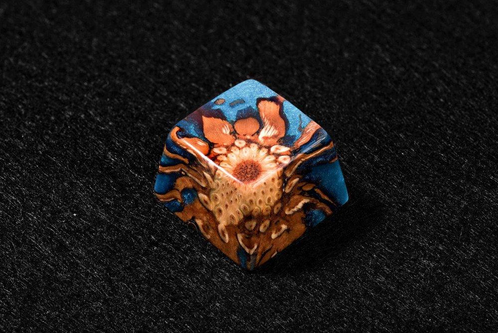 Keycap Acient Flame 02.jpg