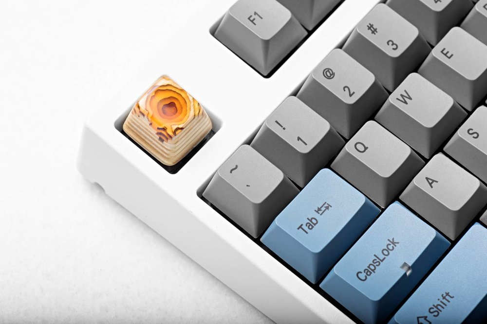 Keycap Topo Lockness yellow 07.jpg