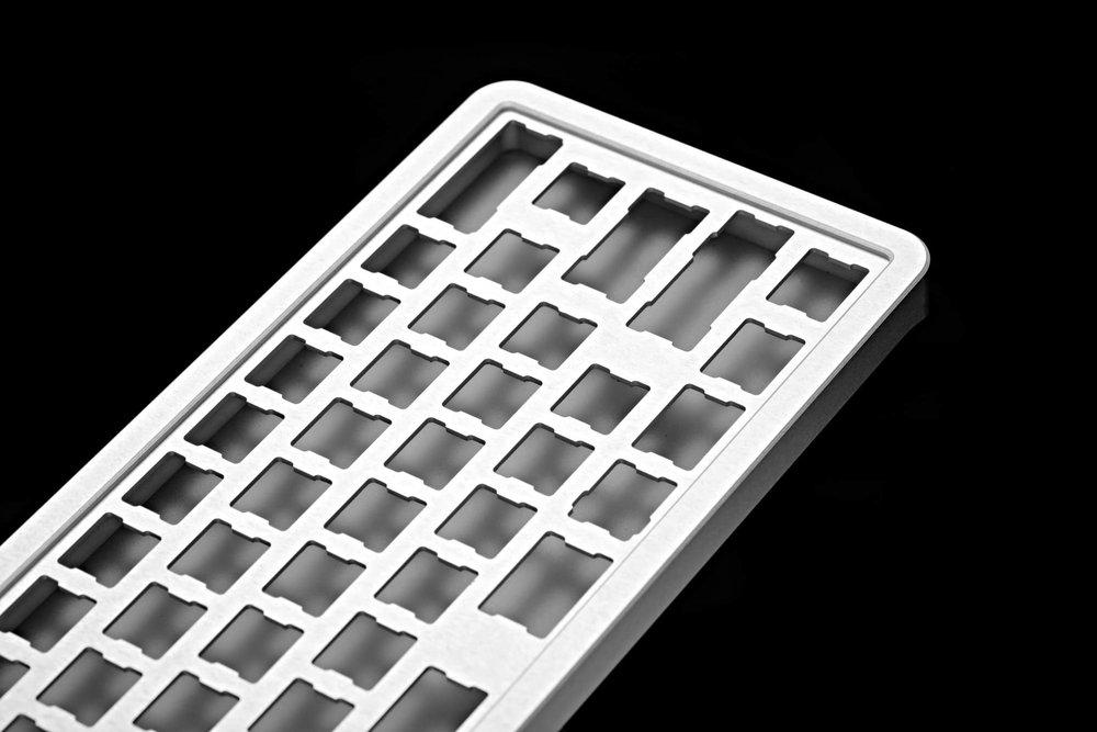 Alumium case 03.jpg