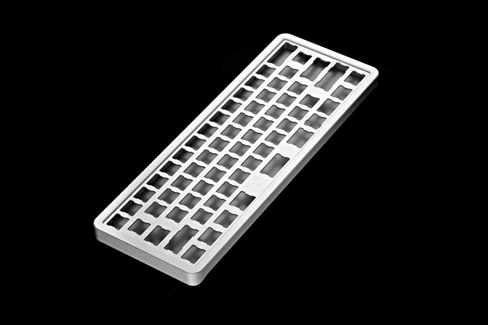 Alumium case 01.jpg