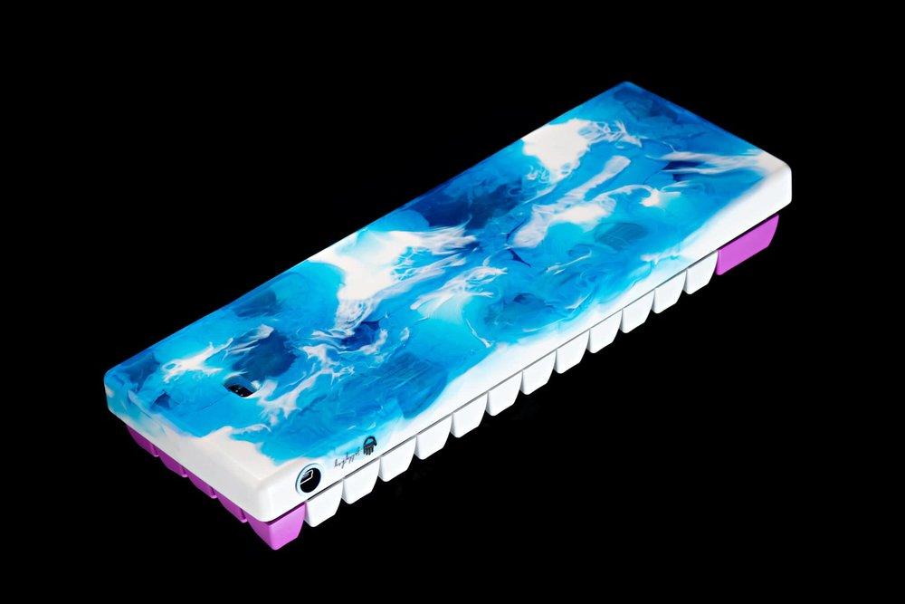 Fusion case blue 06.jpg