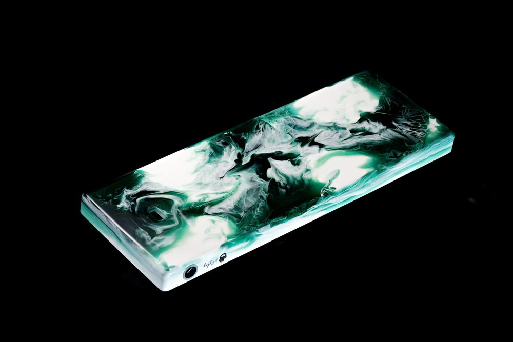 Fusion case green 01.jpg