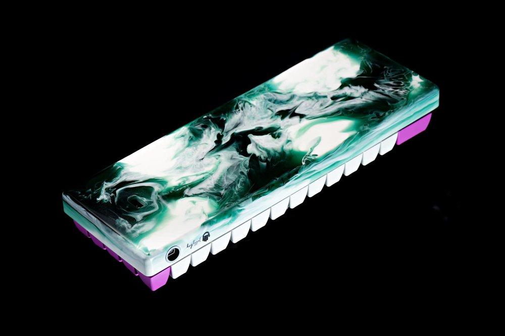 Fusion case green 05.jpg