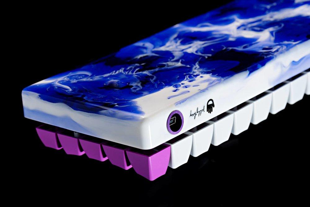 Fusion case purple 05.jpg