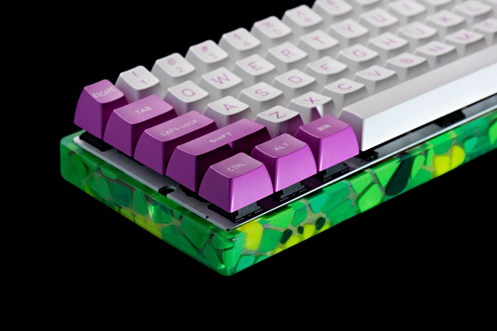 Mosaic green case 13.jpg