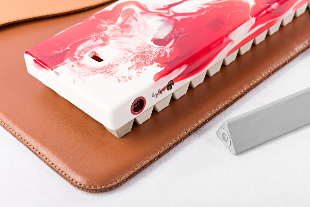 Fusion case red 09.jpg