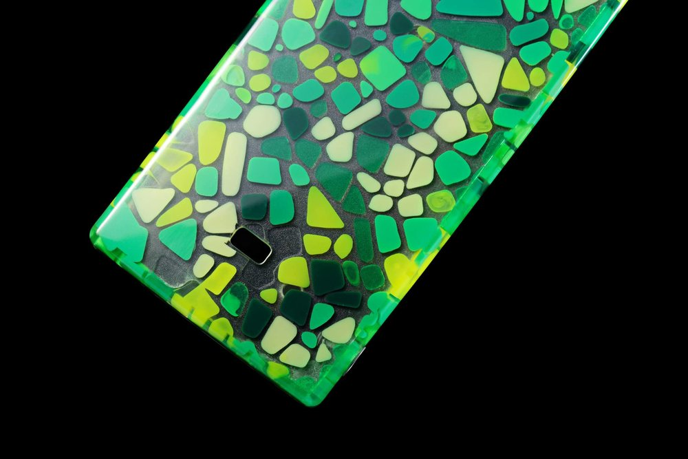 Mosaic green case 02.jpg