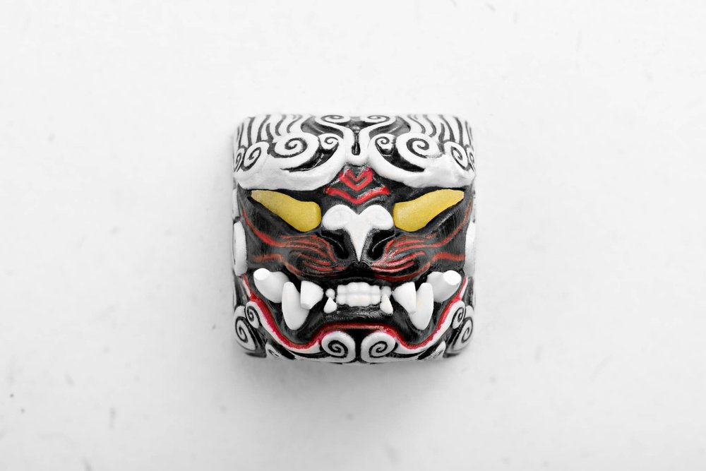 Guardian of the East keycap - White 01.jpg