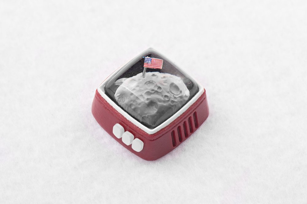 Jelly Key - RetroTV series – Fly to the moon artisan keycap 015.jpg