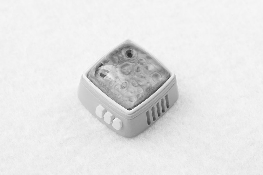 Jelly Key - RetroTV series – Fly to the moon artisan keycap 009.jpg