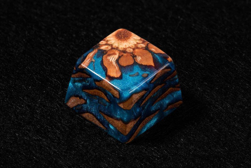 Ancient Flame keycap 03.jpg