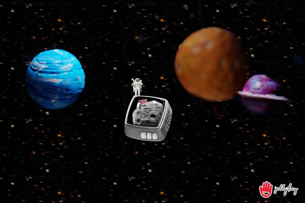 Jelly Key - RetroTV series – Fly to the moon artisan keycap 005.jpg