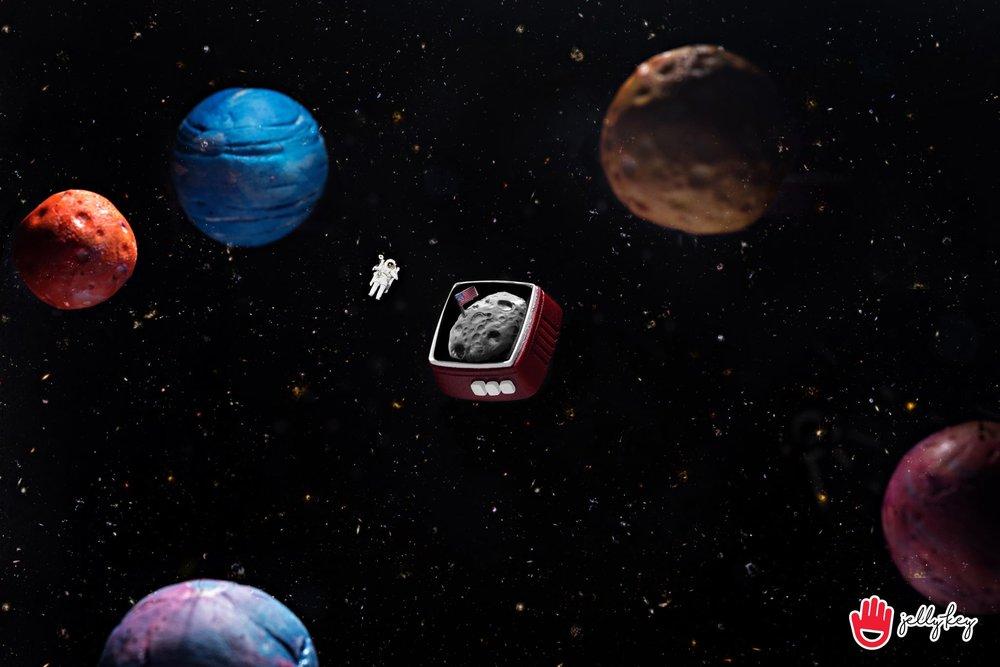 Jelly Key - RetroTV series – Fly to the moon artisan keycap 002.jpg