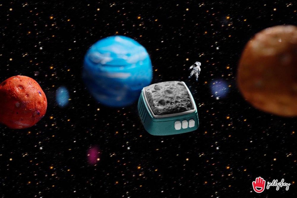 Jelly Key - RetroTV series – Fly to the moon artisan keycap 004.jpg