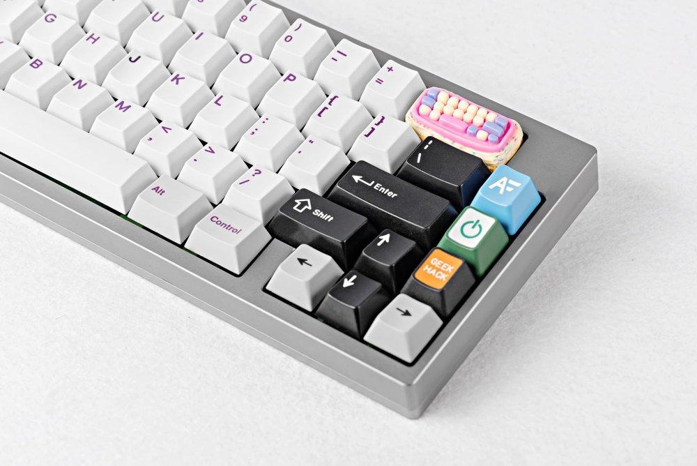 Jelly+Key+-+Birthday+2+keycap+07.jpg