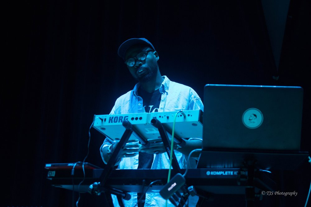 Mad Keys performing live