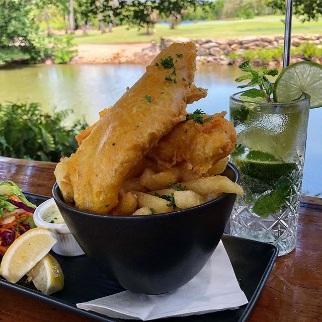 🐟 F I S H 'N' C H I P S 🐟 keep it simple this Thursday and Fry-day with $15 Fish & Chips at TAPAS Night, 4:30-8:30! Call/text 0400652906 to book your table! ❤️#choochoospd #fishnchips #portdouglas #eatlocal