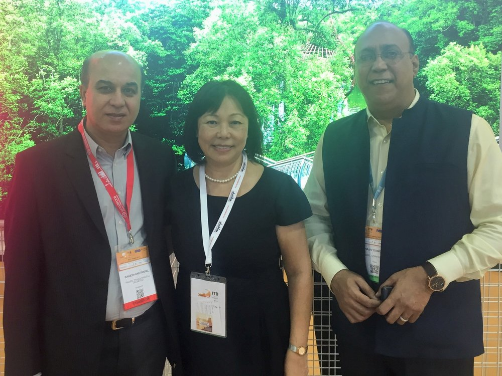 From left to right: Mr Rakesh Khetrapal (MD, Pacific Trails - Travelz Unlimited), Ms Serene Law (VP, FLA), Mr Rajiv Duggal (CEO -Tourism Business, Eseel Corporate Resources).