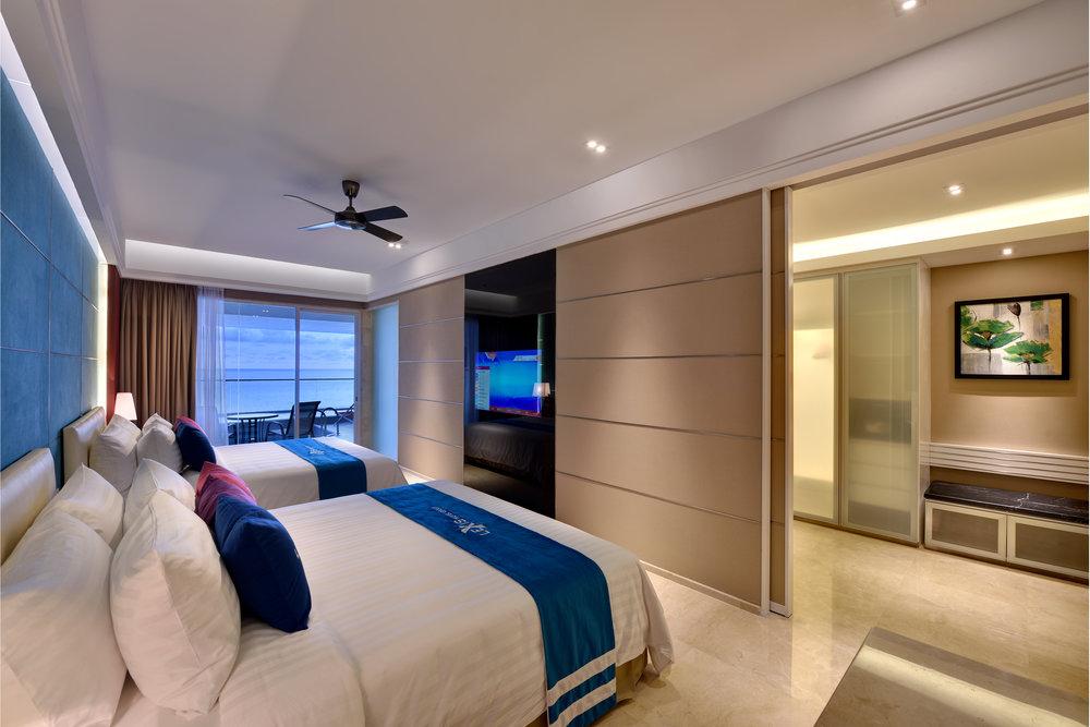 EF. Accommodation - Premium Pool Suites (ii).jpg