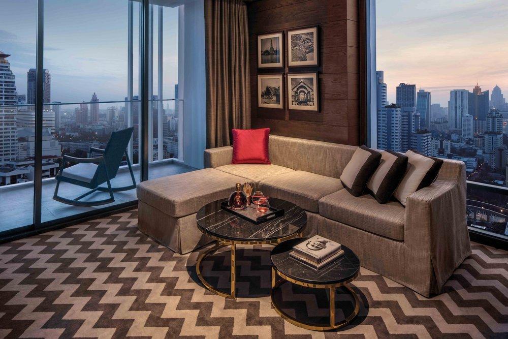 11_Thonburi_Suite_-_Living_Room_S.jpg
