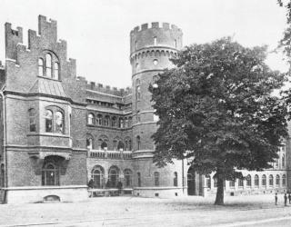 Tillbyggnaden från år 1911. Kulturens arkiv.