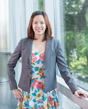 Ms Deborah Wee    Co-founder and Head of Operations, HipVan Pte Ltd