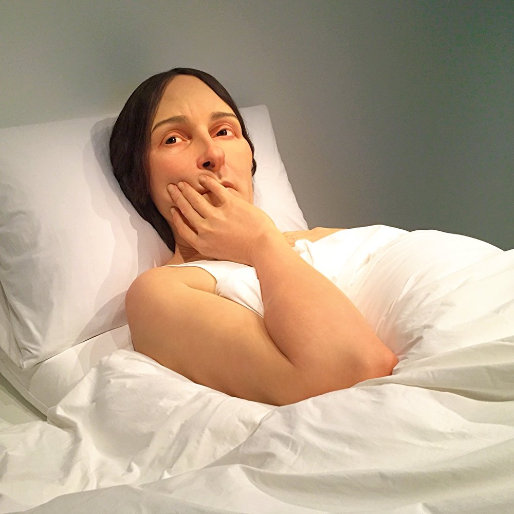 Ron Mueck - In bed