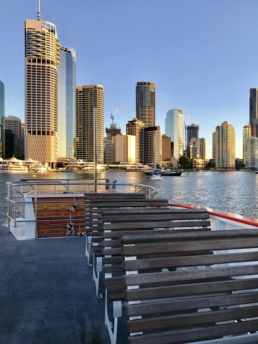Cruise theBrisbane River -