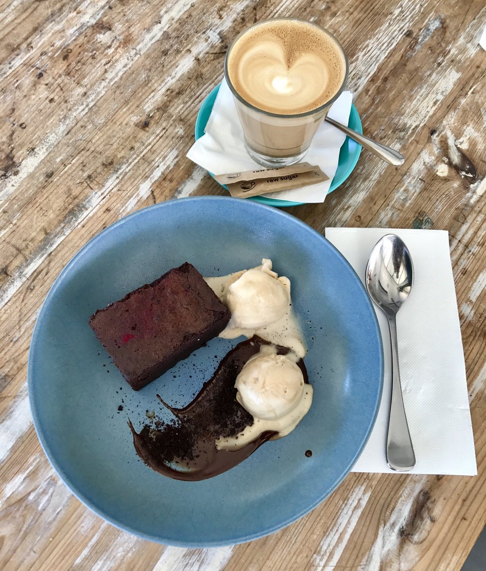 Lady Brisbane where to eat in Noosa