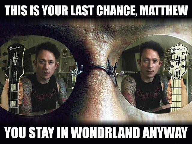 Nera o bianca? Quale preferite? - - - - 💻: @hatest #triviumitalia #trivium #triviumworld #triviumfamily #triviummemes #mattheafy #mattheafysignature #epiphone #lespaul #matrix