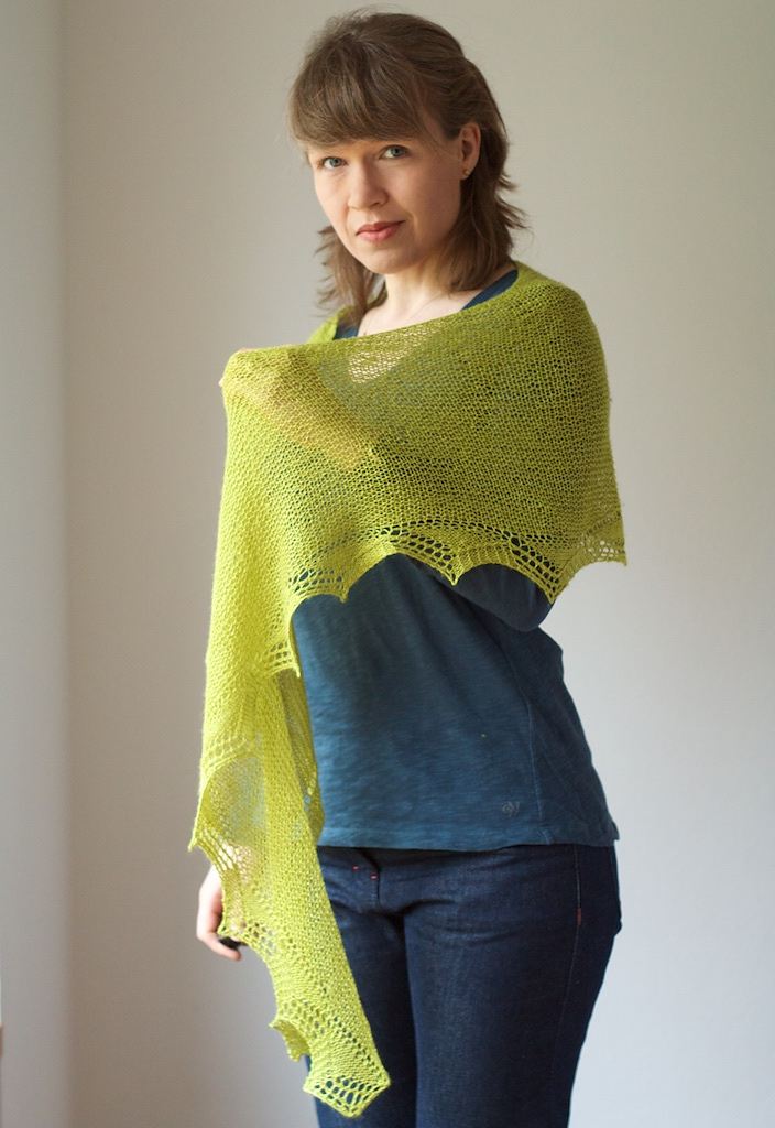 Green Light Shawl ©Martina Behm