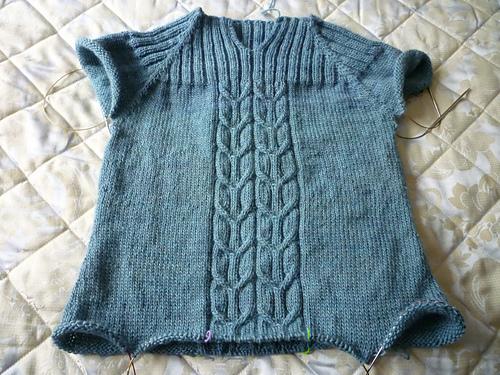 amaknitter sweater.jpg
