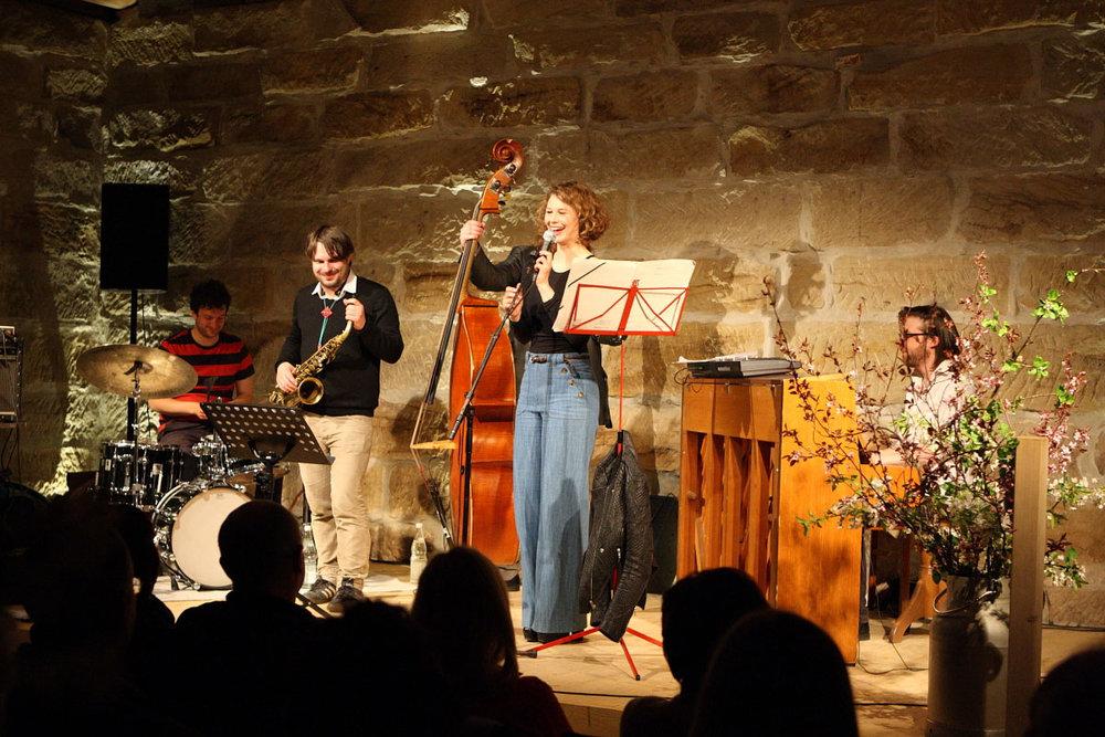 Anna-Maria-Sturm-Quintett_Gig-in-Putzenstein.jpg