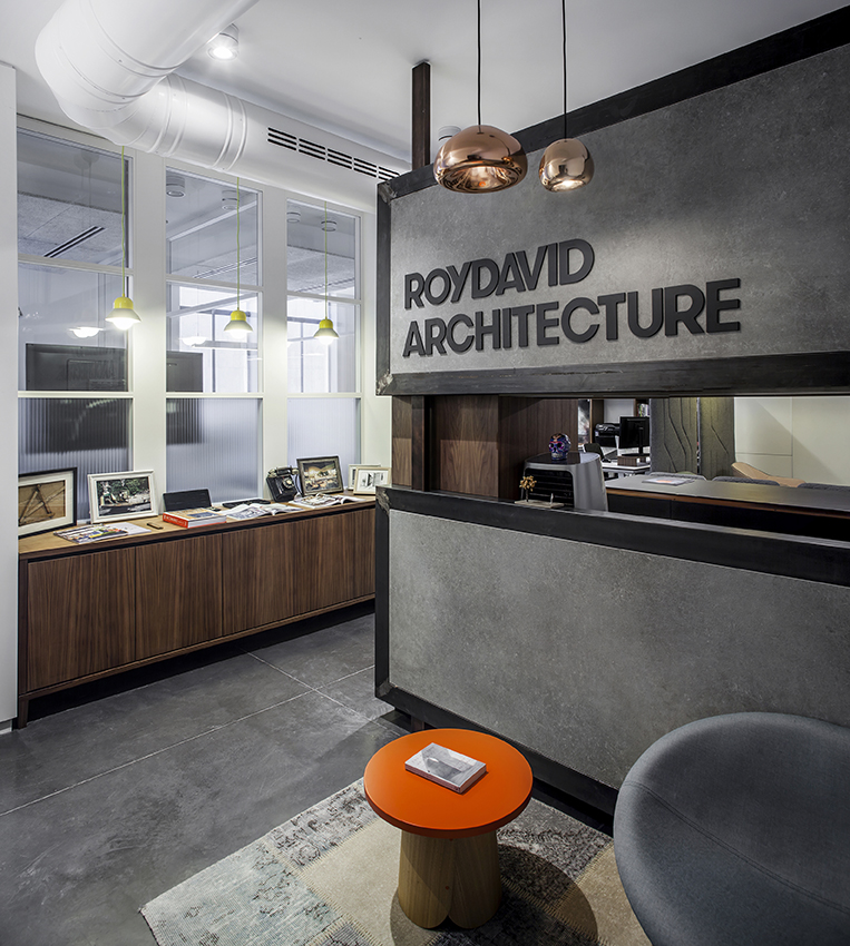 RDA STUDIO   When we had to move from our previous studio space, we had to deal with the biggest question every design firm have to confront one time or another , how to plan the space ...