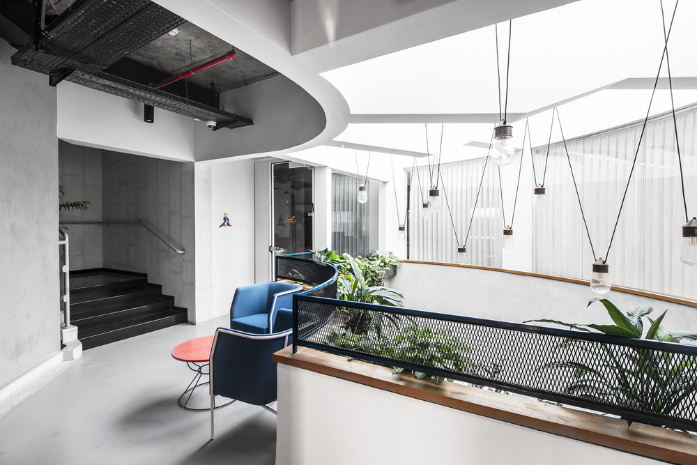 ALEF SADE   The Alef Sade Offices occupy 1000 square meters in Caesarea, an area rich in ancient history and brimming with high-tech and innovation. Roy David Architecture was commissioned to design an office …