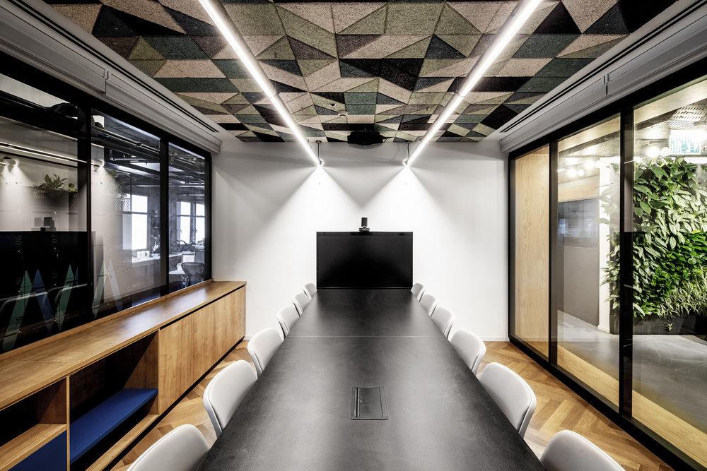 ROY DAVID ARCHITECTURE - STUDIO - ART MEDICAL OFFICES - רואי דוד אדריכלים - סטודיו רואי דוד - אדריכלות - ארט מדיקל (10).jpg