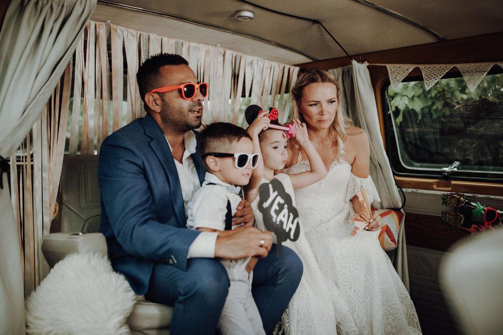 Jimmy-Fotobus-Fotobulli–Fotobox-Hochzeit-V01.jpg