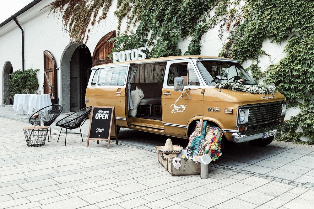 Fotobus-Jimmy-Fotobulli–Hochzeit-Fotobooth-Fotobox-V02.jpg